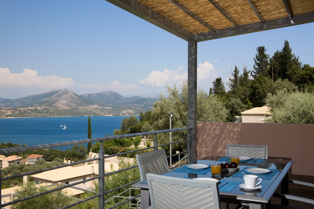 See Lefkada Luxury Apartment With Private Jacuzzi And Sea