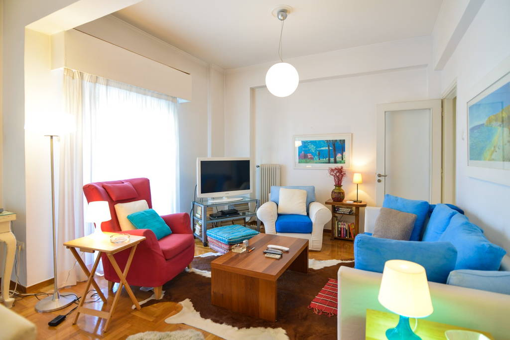 Stylish Apartment Close To Beach And Port At Paleo Faliro