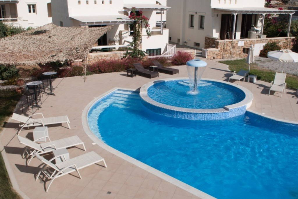 Villa With Swimming Pool For Six Persons At Agios Prokopios (Naxos)