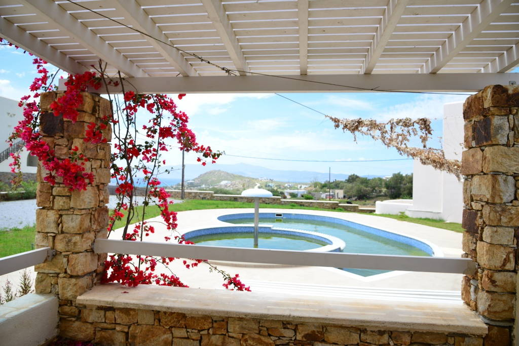 Villa With Swimming Pool For Ten Persons At Agios Prokopios (Naxos)